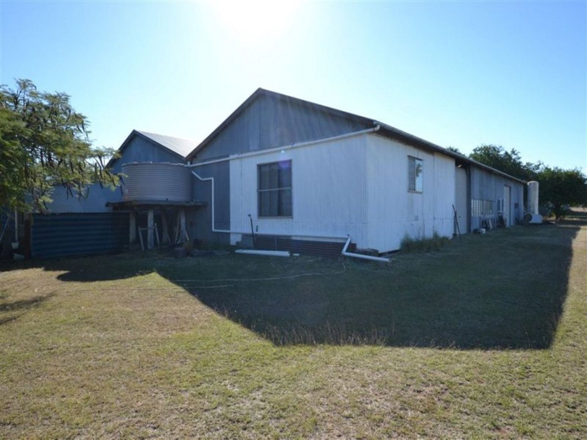 184 Lucas Street, Gracemere QLD 4702, Image 2