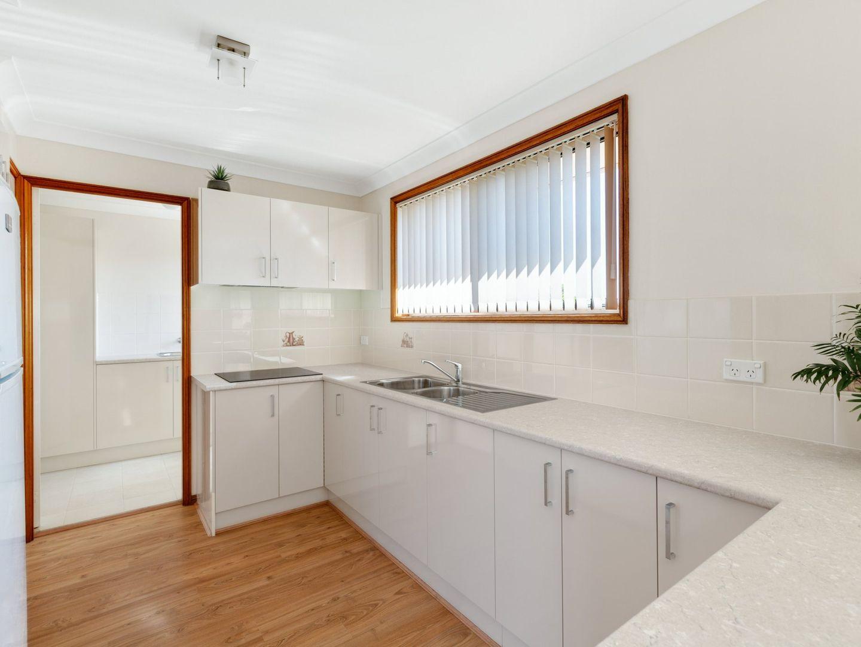 28 Crowe Street, Lake Haven NSW 2263, Image 2