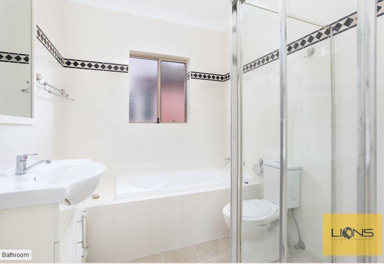 8/3 Highland Avenue, Bankstown NSW 2200, Image 2