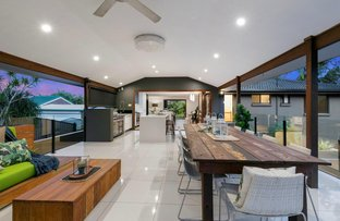 Picture of 8 Helmsley Court, Carindale QLD 4152