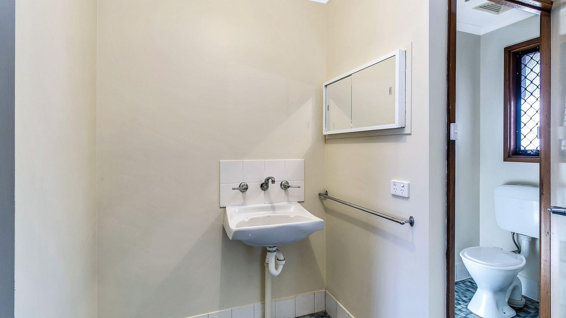 67 Strathfield Terrace, Taperoo SA 5017, Image 2