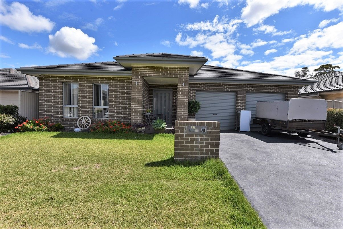 37 Fysh Avenue, Middleton Grange NSW 2171, Image 0