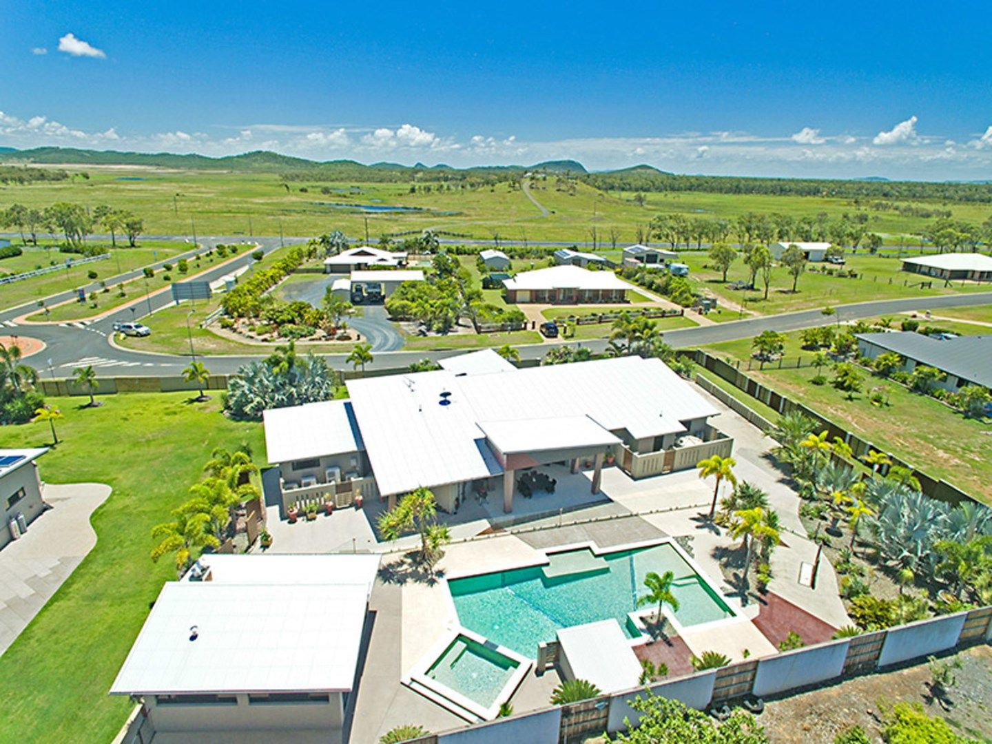 2 Trade Wind Drive, Tanby QLD 4703, Image 0