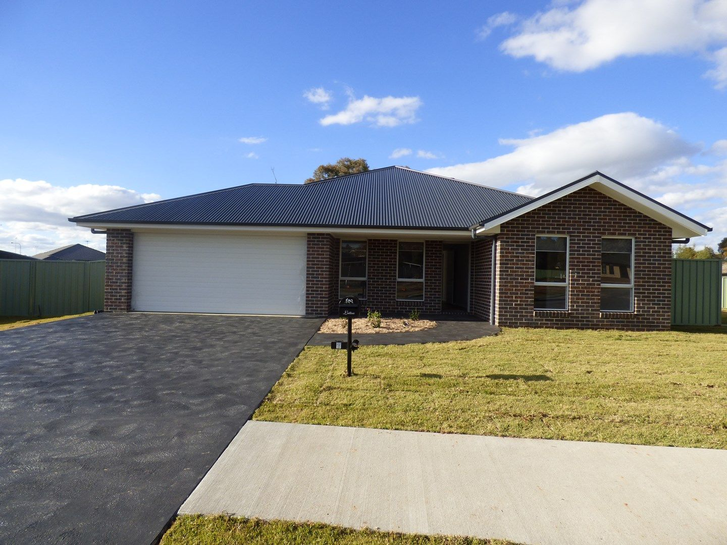 7 Francis Place, Young NSW 2594, Image 0
