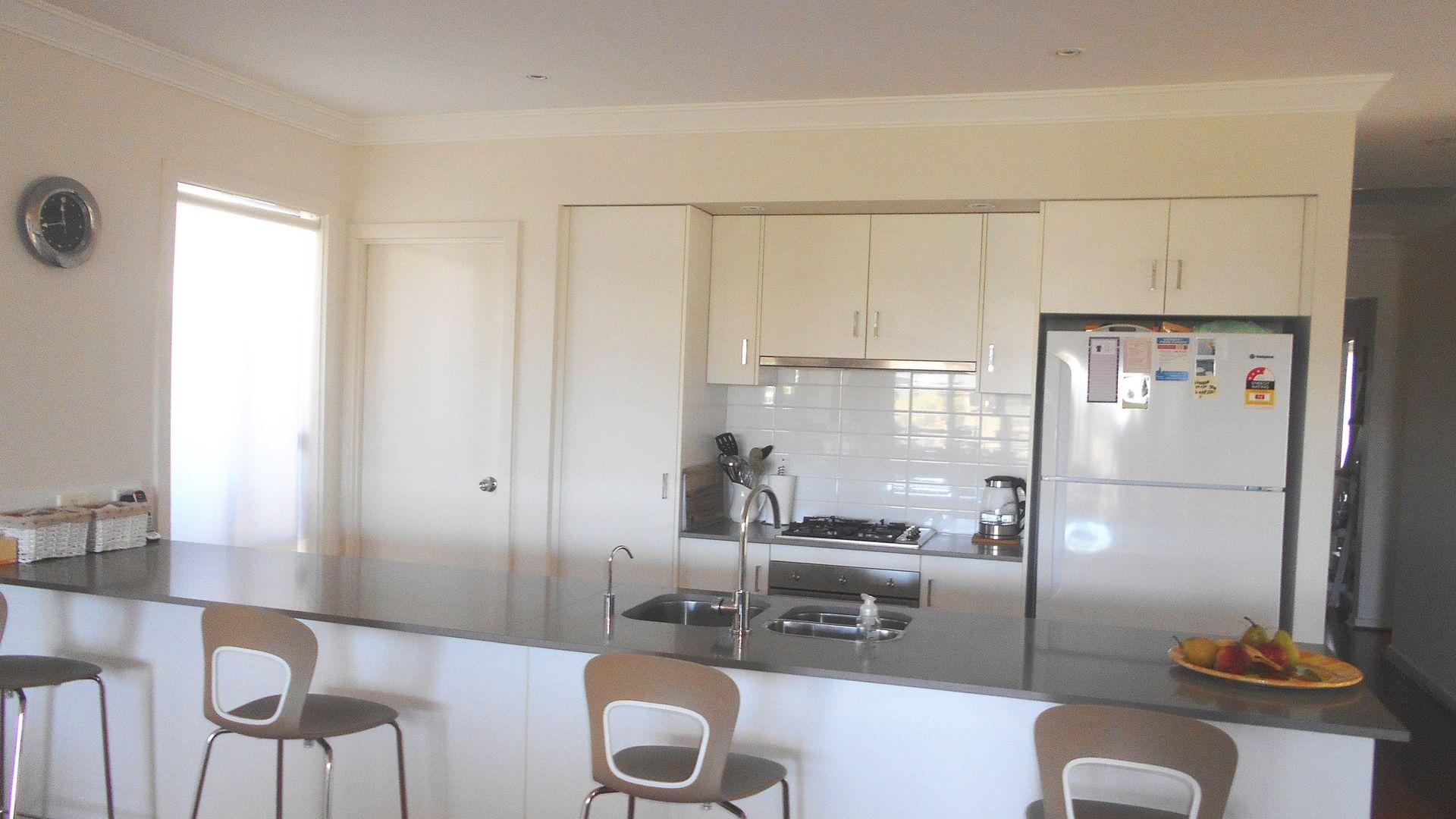 1 Caddie Place, Wyong NSW 2259, Image 2