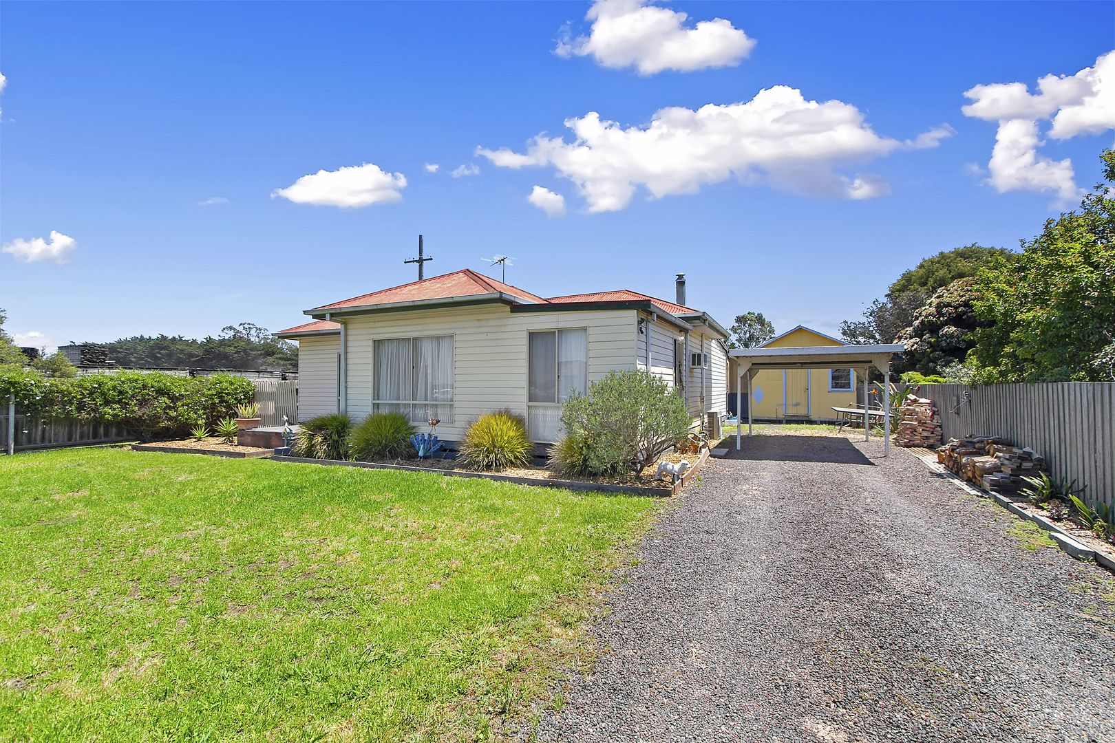 1 Justice Pde, Heyfield VIC 3858, Image 1