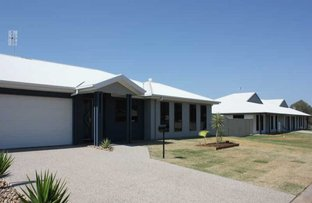 Picture of 1/56 Lakeside Drive, Emerald QLD 4720