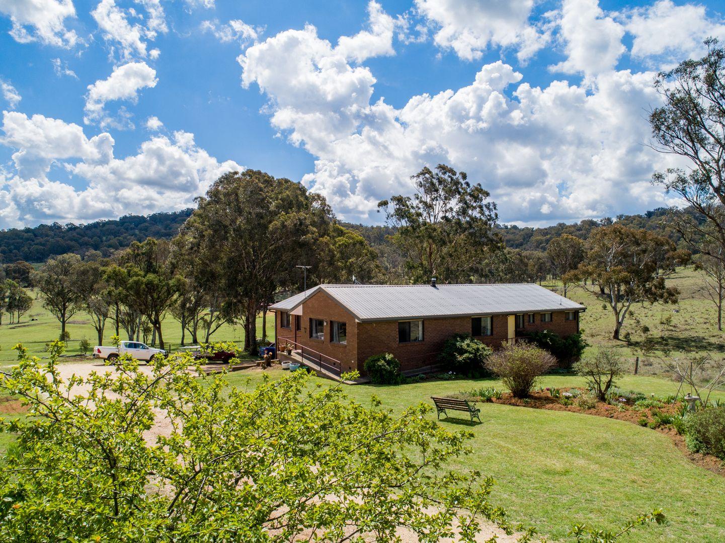 70 Edward Drive, Armidale NSW 2350, Image 0