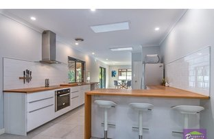 Picture of 8 Bushland Retreat, Carramar WA 6031