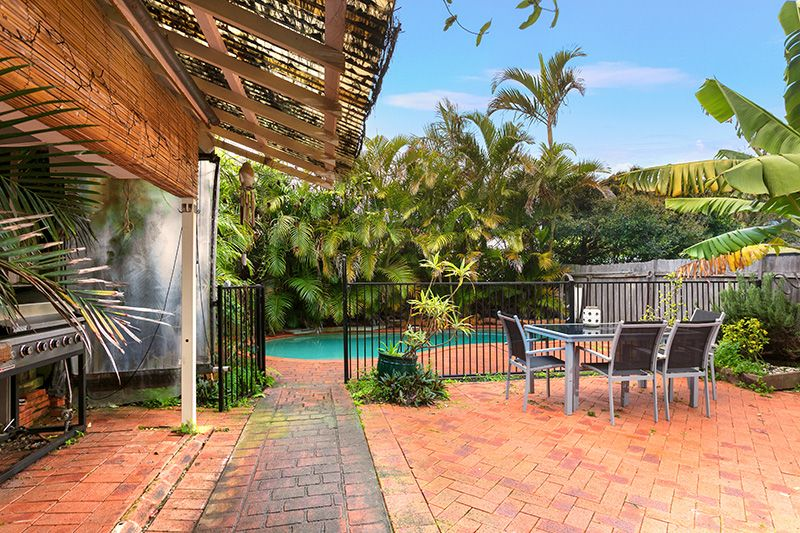 49 Griffin Road, North Curl Curl NSW 2099, Image 1