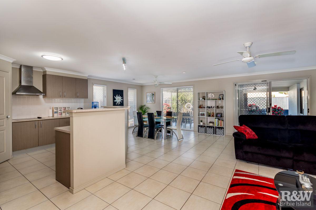 25 Barklya Crescent, Bongaree QLD 4507, Image 1