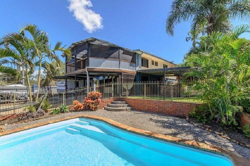 32 Latrobe Street, Tannum Sands QLD 4680, Image 0