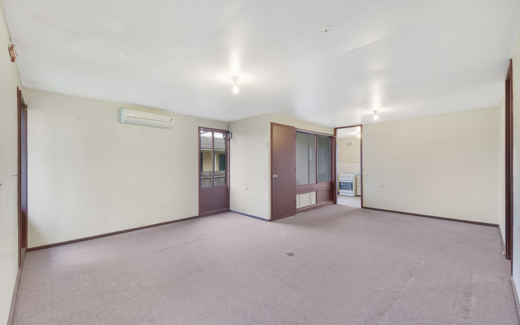 8 Waterhouse Place, Airds NSW 2560, Image 1