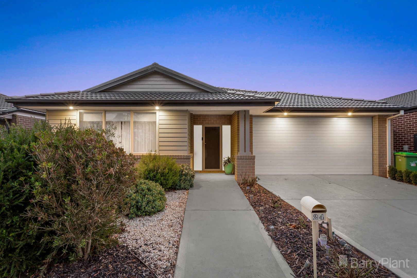 24 Meadows Drive, Officer VIC 3809, Image 0