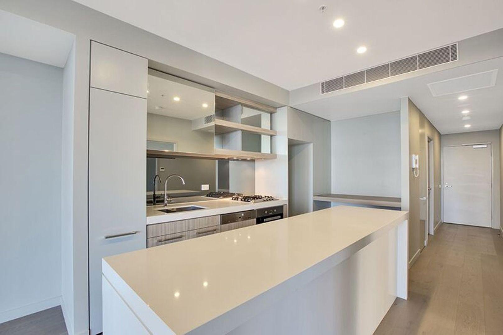 801/253-255 Oxford Street, Bondi Junction NSW 2022, Image 2