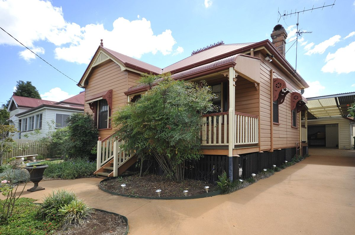 17 Goggs Street, Toowoomba City QLD 4350, Image 1