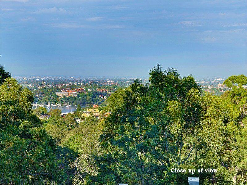 3405/1 Nield Avenue, Greenwich NSW 2065, Image 2