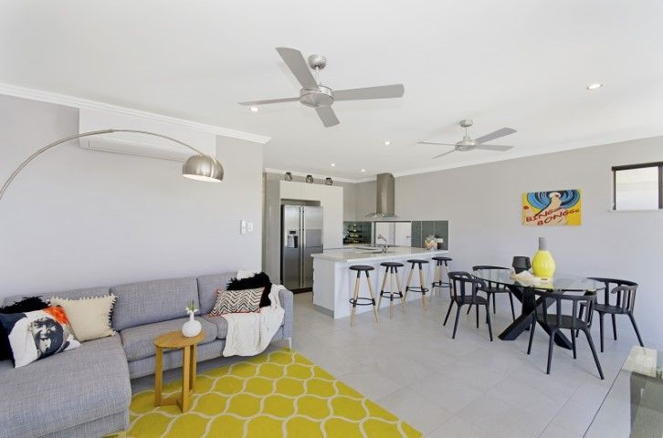27 Huxley Crescent , Oonoonba QLD 4811, Image 1