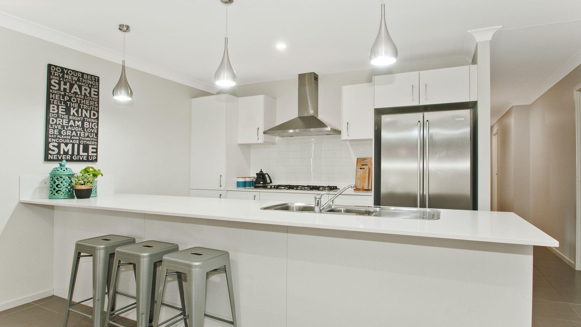 12 Wholahan Ave, Horsley NSW 2530, Image 2