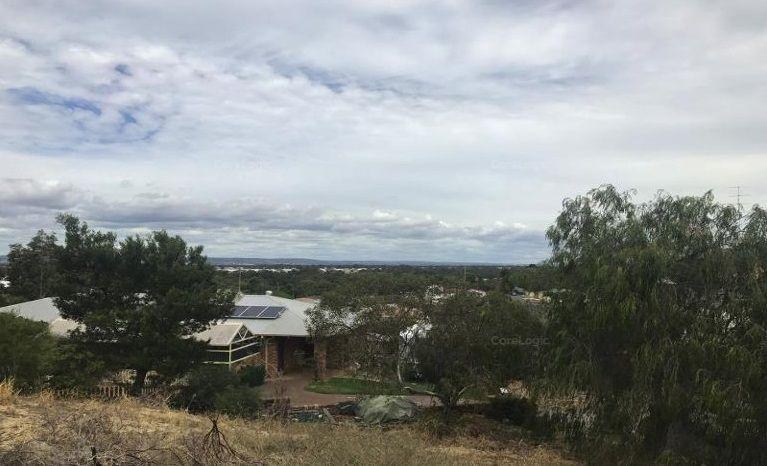 7 Brooking Place, Australind WA 6233, Image 2