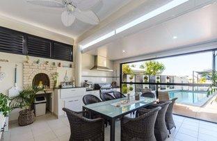 Picture of 7 Wau Avenue, Runaway Bay QLD 4216