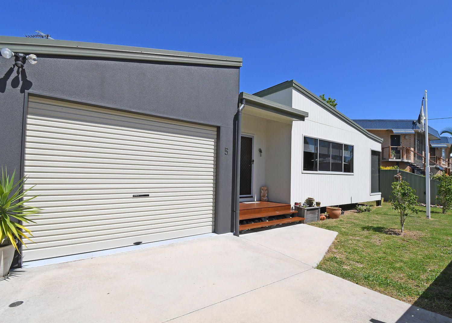 5 New Street, Urangan QLD 4655, Image 2