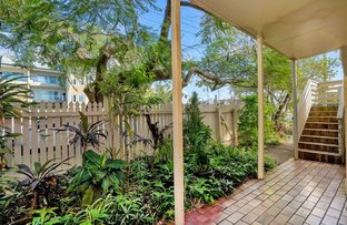 Picture of 2/44 North Street, Southport QLD 4215