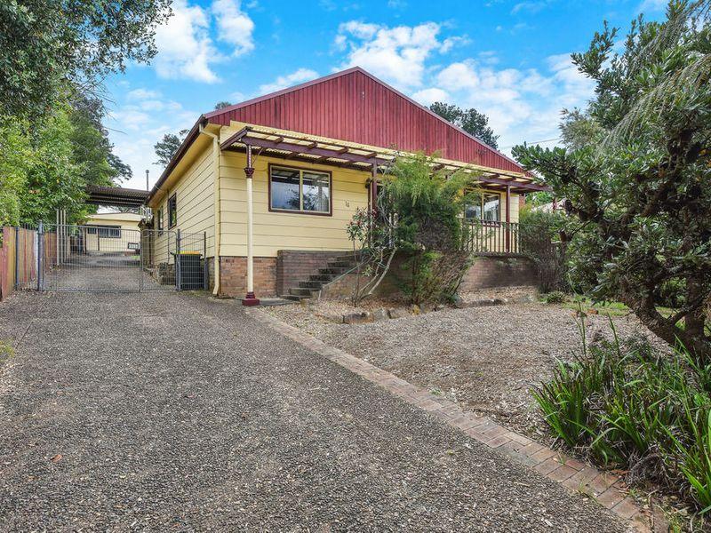 14 Hughes Avenue, Lawson NSW 2783, Image 0