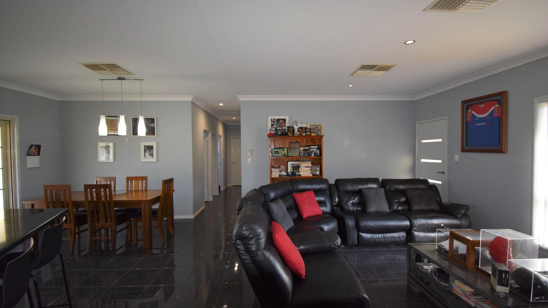 141 Gidyea Street, Barcaldine QLD 4725, Image 1