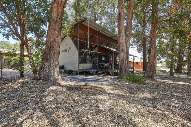 Picture of 4 Kingsbury Drive, JARRAHDALE WA 6124