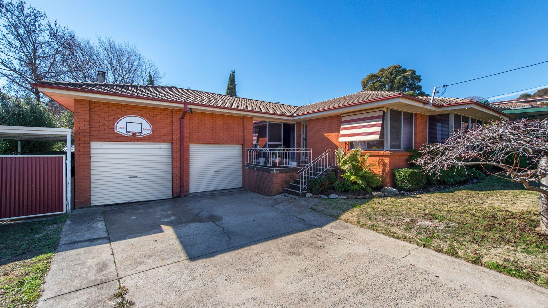 1 Pyala Place, Orange NSW 2800, Image 1