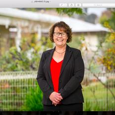 Annette Thomson, Sales representative