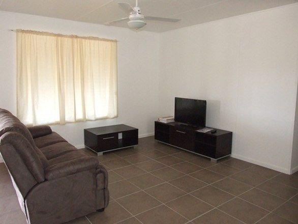 1 Carnation Street, Blackall QLD 4472, Image 2