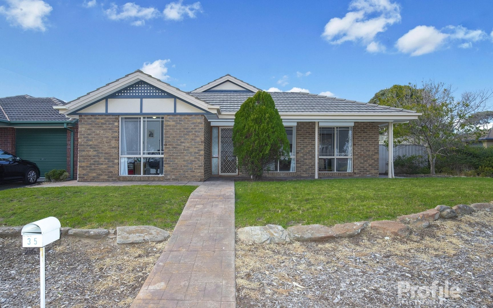 35 Admiralty Crescent, Seaford Rise SA 5169, Image 2