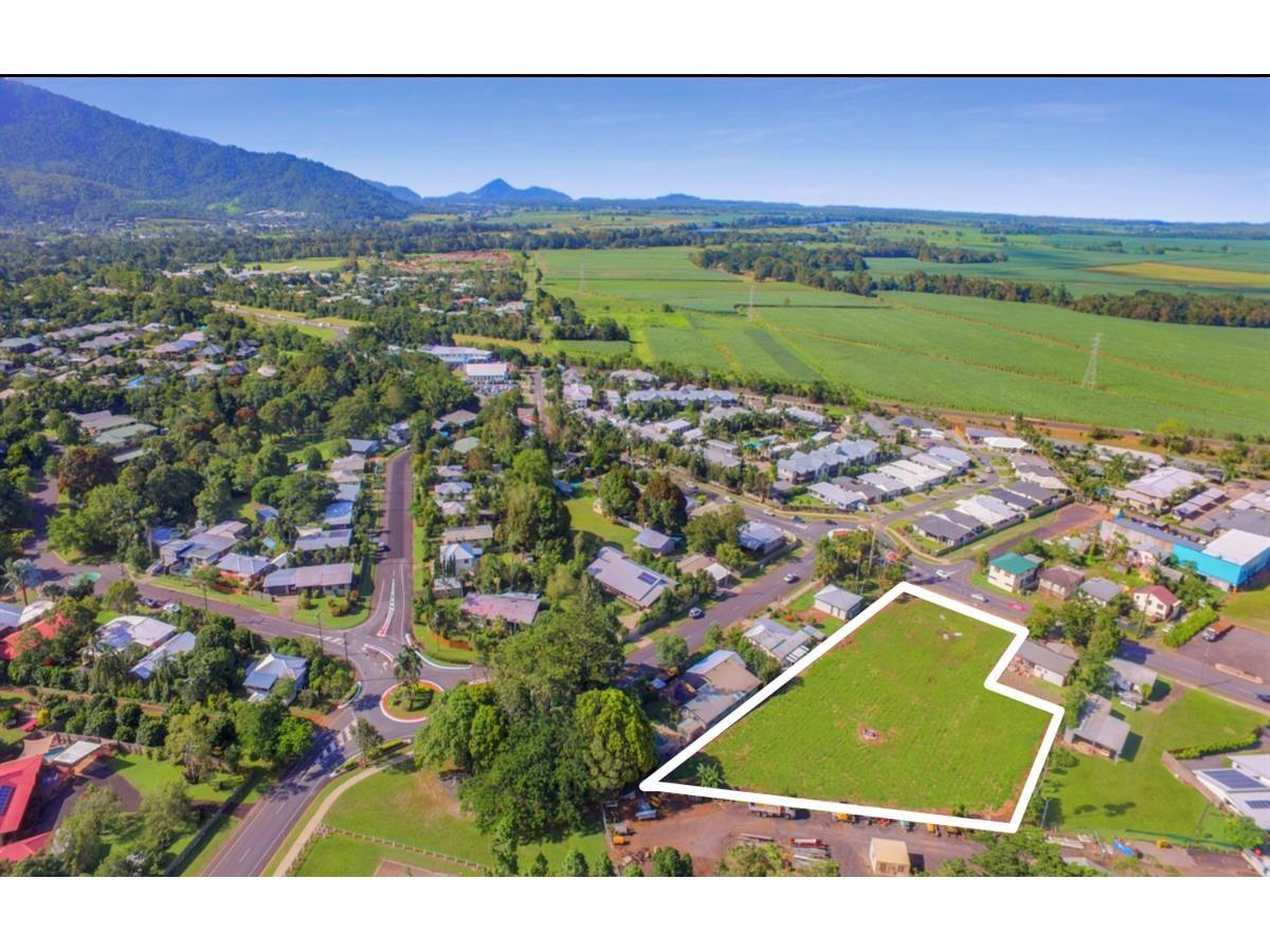 419-421 Kamerunga Road, Redlynch QLD 4870, Image 1
