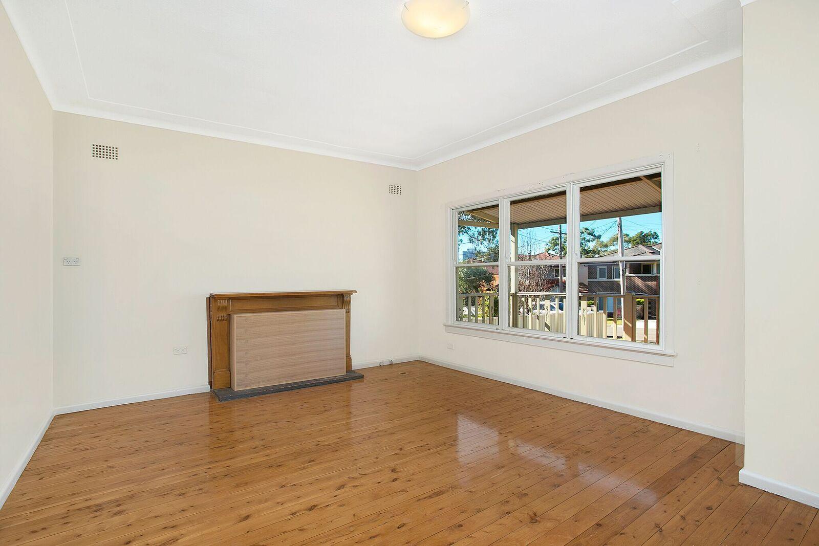 16 Truscott Street, North Ryde NSW 2113, Image 2