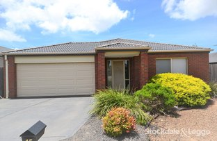 Picture of 15 Abernethy Ave, Deer Park VIC 3023