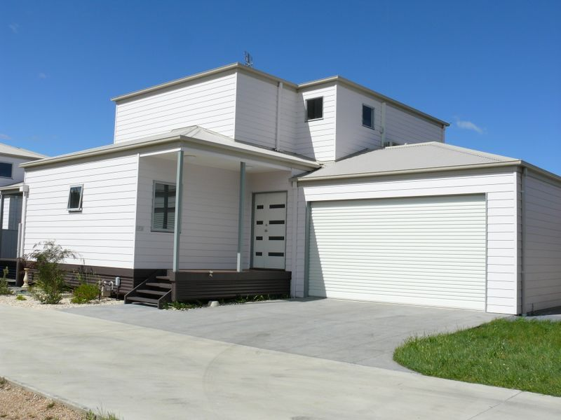 House 2/157 Bay Road, Eagle Point VIC 3878, Image 0