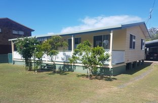 Picture of 37 Ross St, Burrum Heads QLD 4659