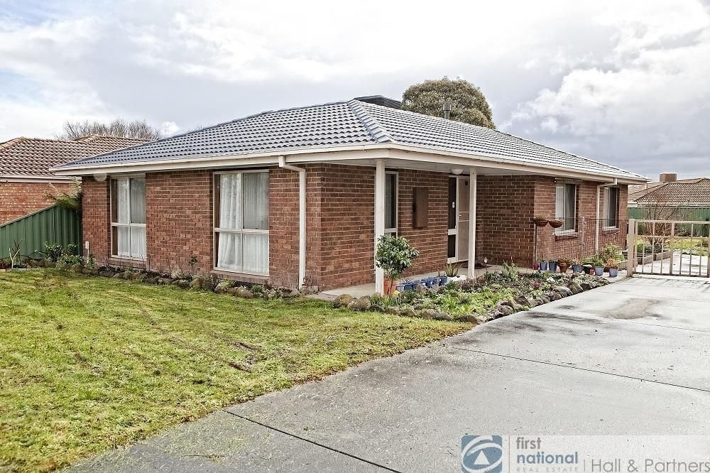 16 Fleetwood Drive, Narre Warren VIC 3805, Image 0