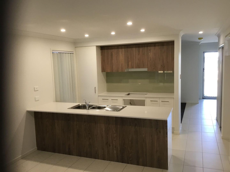 185 Dublin Avenue, Spring Mountain QLD 4300, Image 2