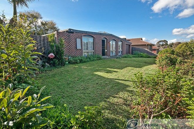 Picture of 19 William Perry Close, ENDEAVOUR HILLS VIC 3802