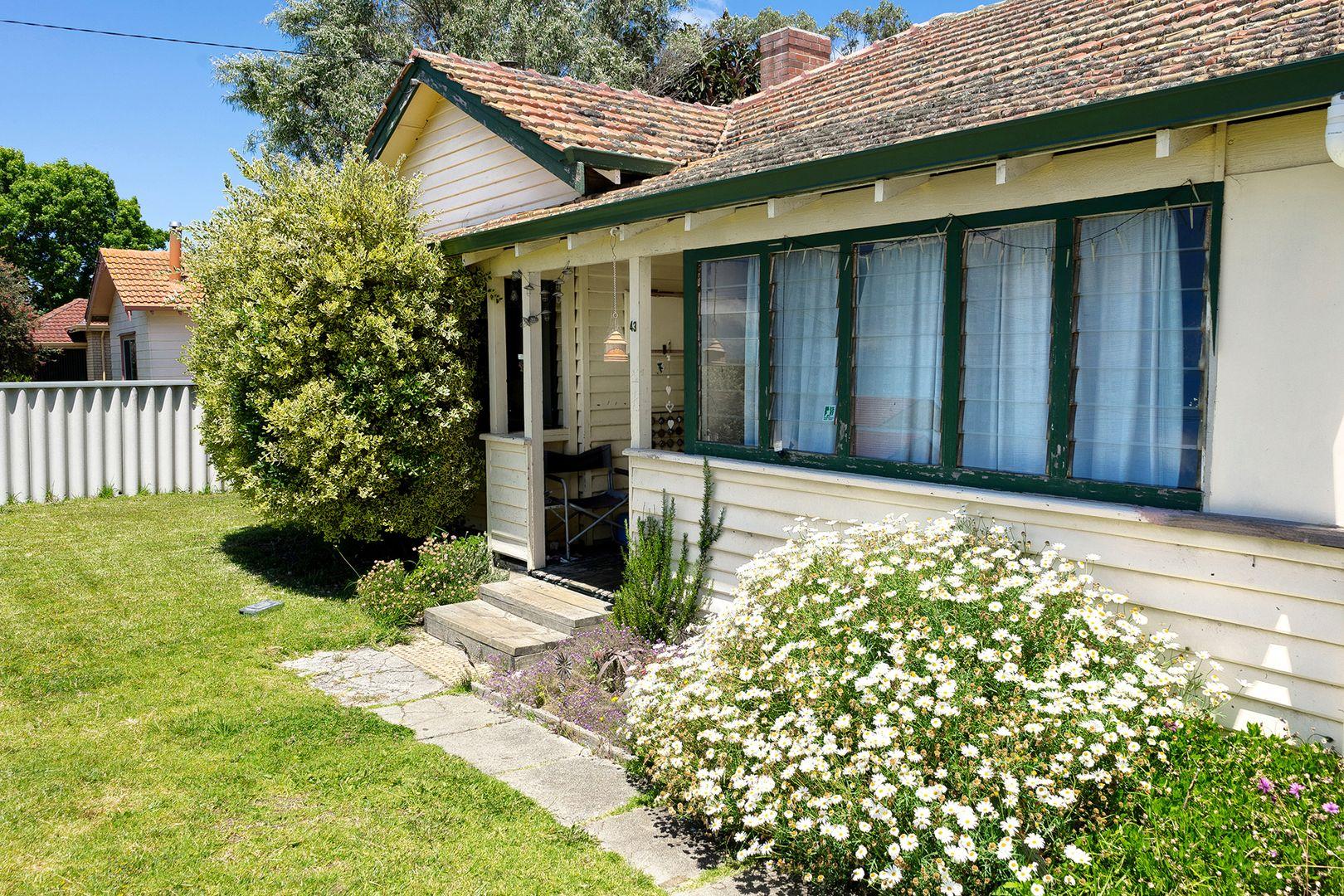 18-20 Leschenault Street, Lockyer WA 6330, Image 0