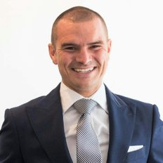 Cameron Nicholls, Principal