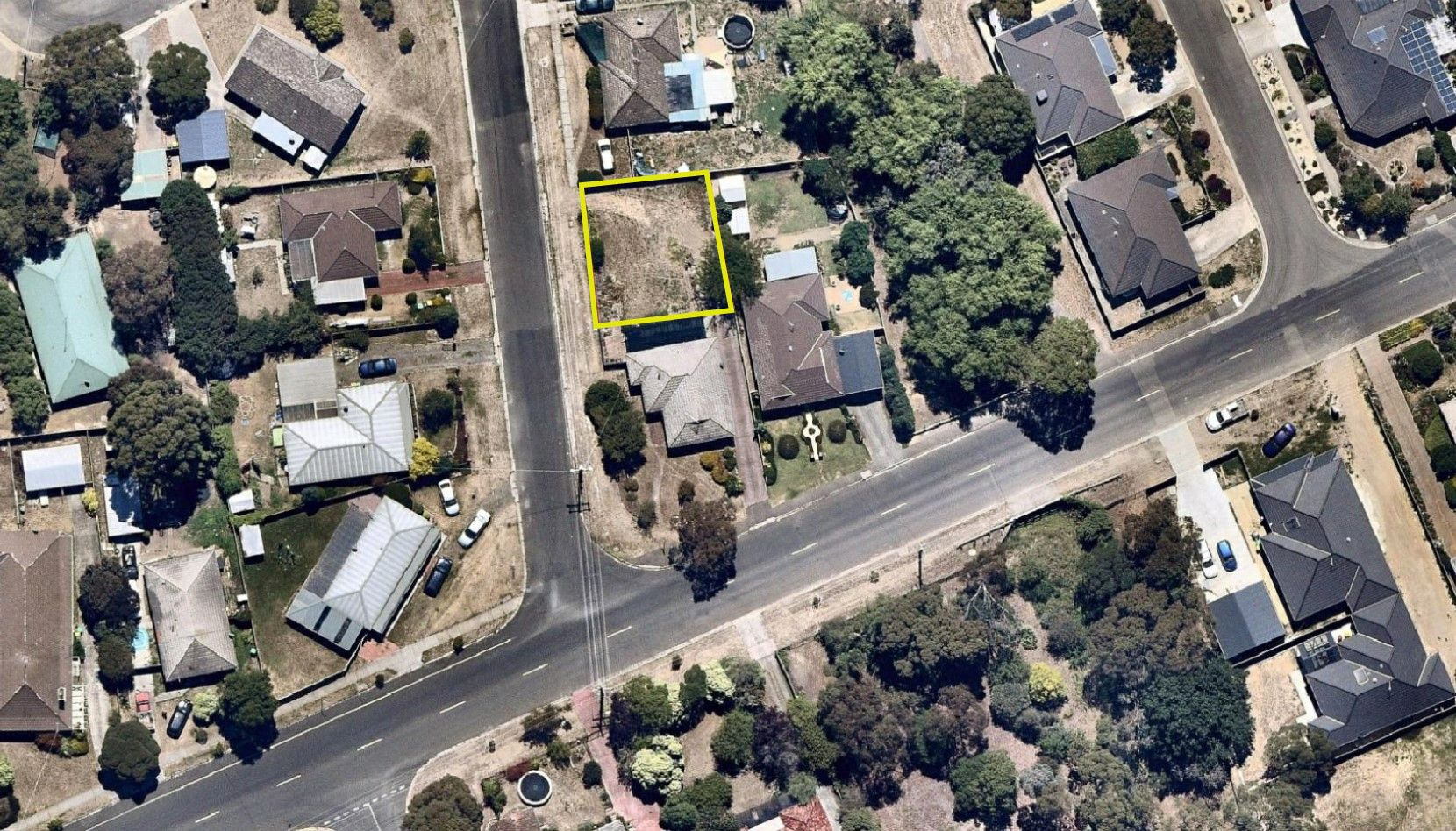 35 Bradby Avenue, Mount Clear VIC 3350, Image 2