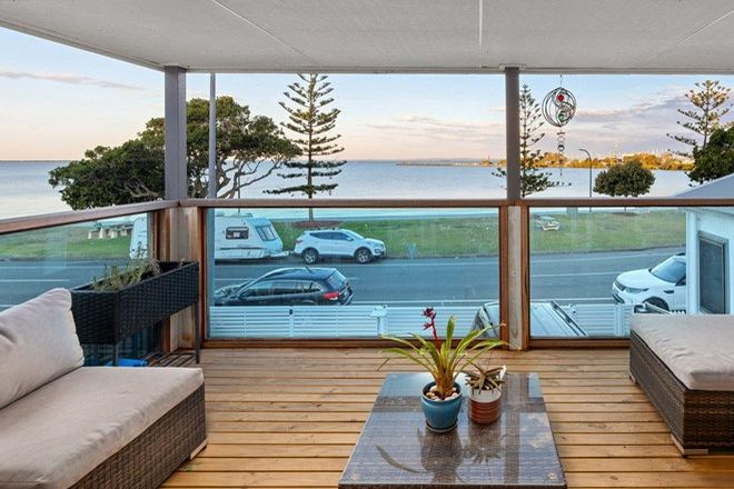 Picture of 391 Esplanade, MANLY QLD 4179