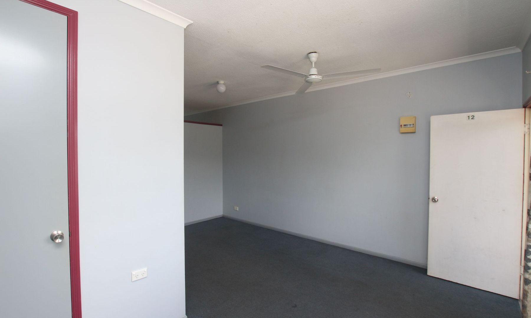 12/71-73 Alfred Street, Manunda QLD 4870, Image 2