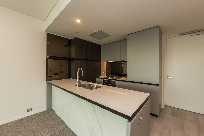 704/9 Christie Street, South Brisbane QLD 4101, Image 2