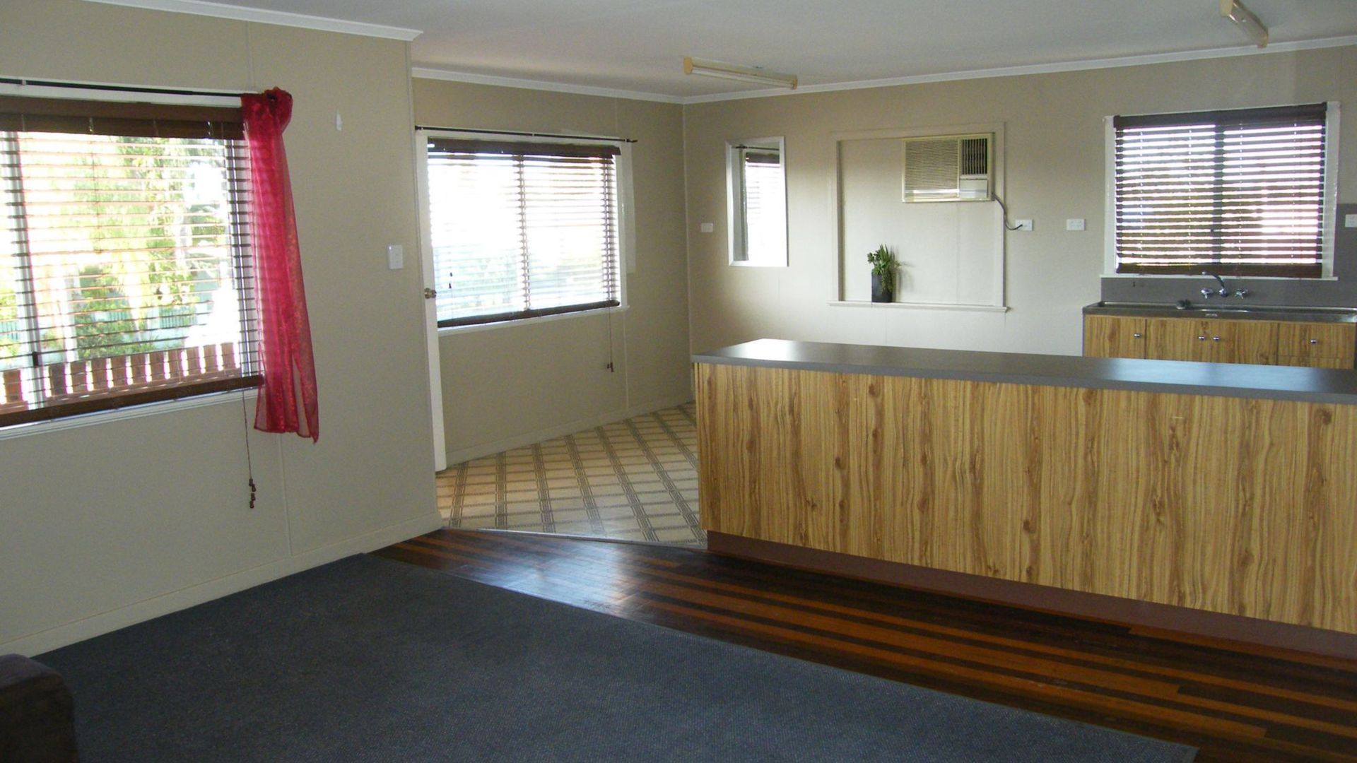 11a Queen Street, Ayr QLD 4807, Image 2