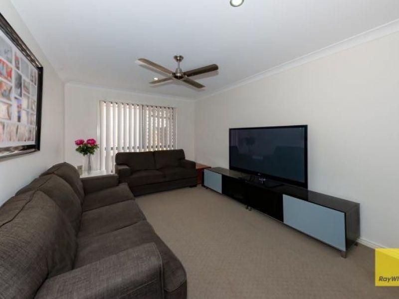 9 Fleet Circuit, Bray Park QLD 4500, Image 1